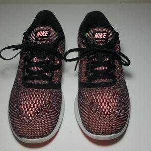 Nike women free run pink womens 8.5